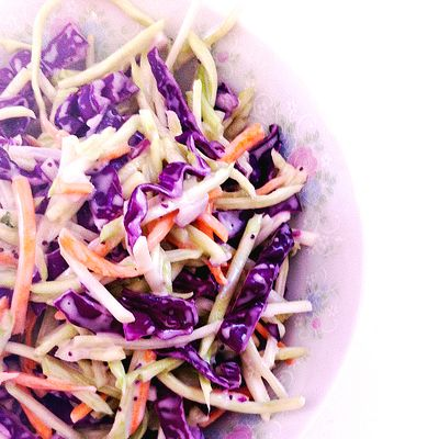 Vegan-brocoli-slaw-2sq