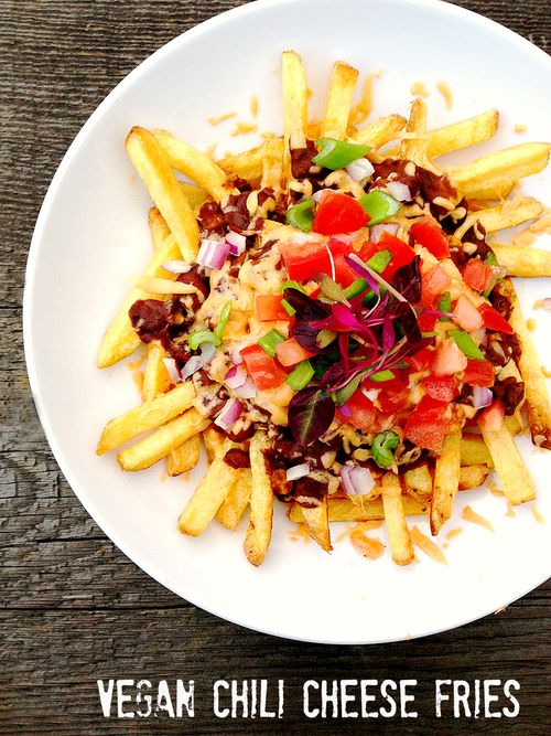 Vegan-Chili-Cheese-Fries3